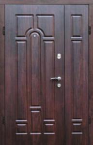 Модель Арка, входная, полуторная дверь с уличным покрытием